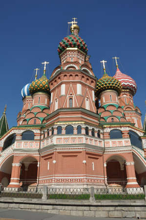 st basil s cathedral: St  Basil s Cathedral on Red square in Moscow, Russia