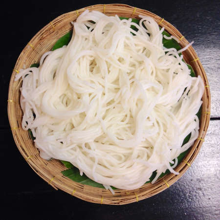 Boiled Thai rice vermicelli ,usually eaten with curries