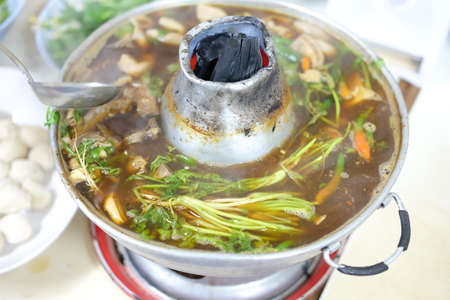 redtail: Boiling pork and many vegetable in hot pot