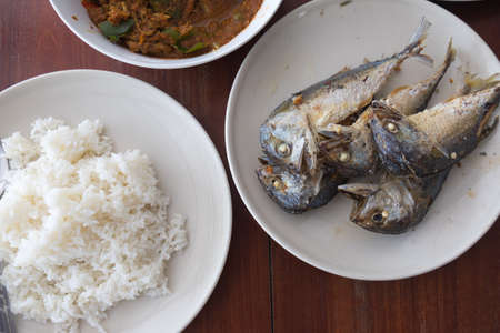 deep fry: Mackerel deep fry with rice (Thai food)