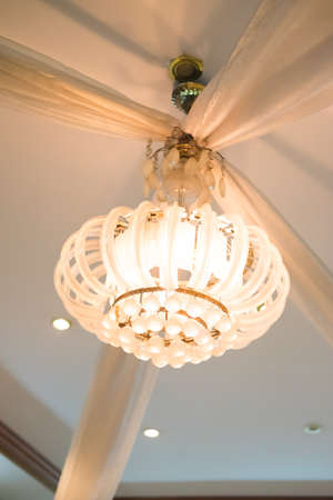 chandeliers: Beautiful crystal chandeliers for decoration in home