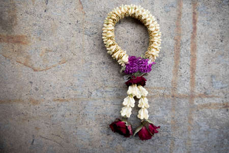 Dried flowers garland is a symbol of a respect. Nothing lasts forever. Banco de Imagens