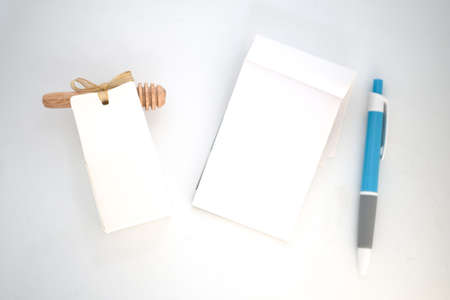 Souvenir for guest wedding with empty paper note and pen for you write to bride and groom