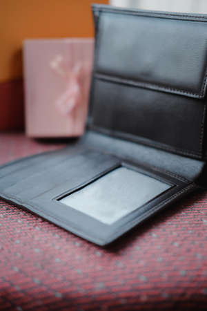 Genuine leather men's bifold wallet, close up 免版税图像