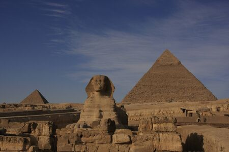 The Sphinx and Pyramid of Khafre, Cairo, Egypt 版權商用圖片