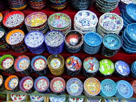 Display of colorful pottery, Istanbul, Turkey Stok Fotoğraf