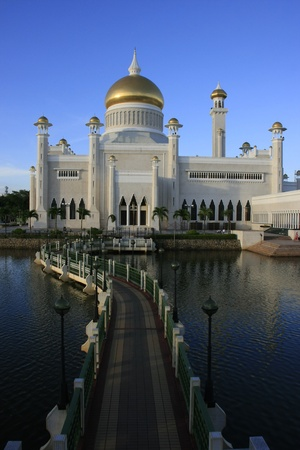Sultan Omar Ali Saifudding Mosque, Bandar Seri Begawan, Brunei, Southeast Asia Banco de Imagens - 14643528