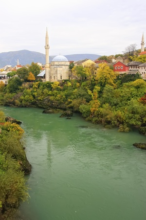 mehmed: Neretva river and Koski Mehmed Pasha Mosque, Mostar, Bosnia and Herzegovina Stock Photo