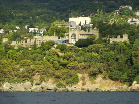 voroncov: Vorontsov palace seen from seaside, Alupka, Crimea, Ukraine