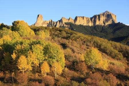 uncompahgre national forest: Courthouse mountain seen from Owl Creek pass, Ouray county, Uncompahgre wilderness, Colorado, USA