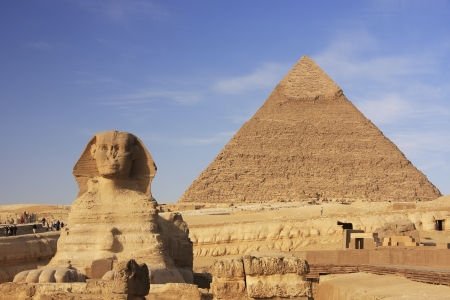 The Sphinx and Pyramid of Khafre, Cairo, Egypt Stok Fotoğraf