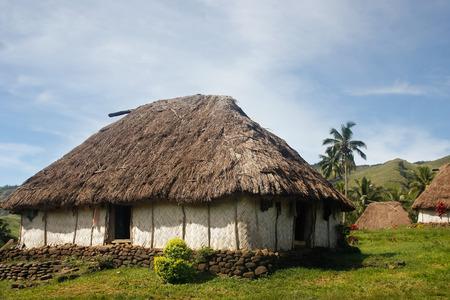 Traditionelles Haus von Navala Dorf der Insel Viti Levu, Fidschi Standard-Bild - 25902125