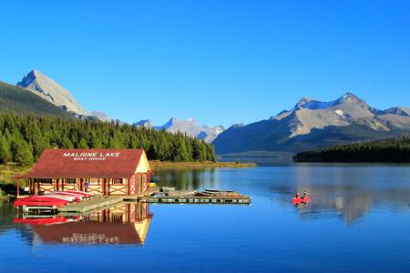 マリンレイク、ジャスパー国立公園、アルバータ、カナダ