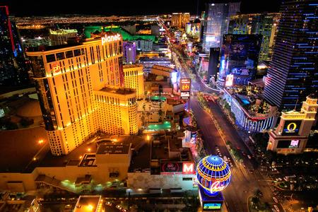 Luchtfoto van Las Vagas strip 's nachts, Nevada, Verenigde Staten
