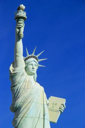 las vegas  nevada: Close up of Replica of Statue of Liberty, New York - New York hotel and casino, Las Vegas Nevada, USA