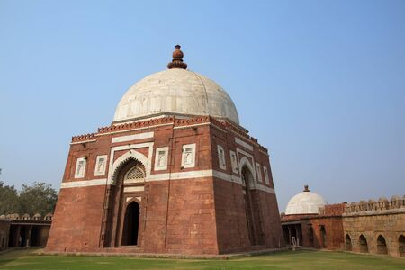 mughal architecture: Mausoleum of Ghiyath al-Din Tughluq, Tughlaqabad Fort, New Delhi, India Stock Photo