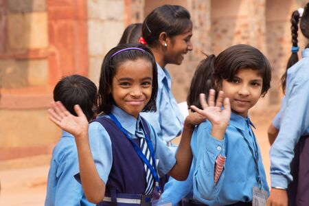 monument in india: School girls visiting Humayun