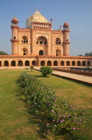 mughal: Tomb of Safdarjung in New Delhi, India. It was built in 1754 in the late Mughal Empire style. Stock Photo