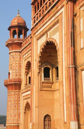 mughal: Closeup of facade of Safdarjung Tomb, New Delhi, India. Tomb was built in 1754 in the late Mughal Empire style.