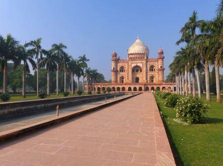 mughal empire: Tomb of Safdarjung in New Delhi India. It was built in 1754 in the late Mughal Empire style.