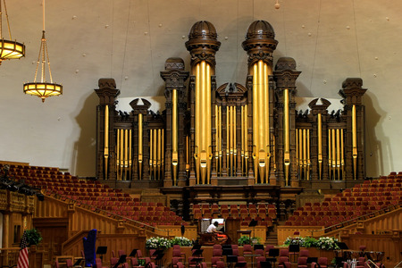 mormon temple: Tabernacle organ in Salt Lake City, Utah. It is one of the largest organs in the world. Editorial