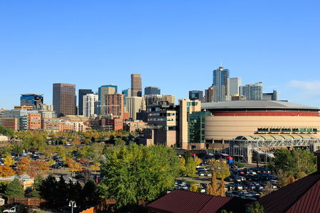 덴버 콜로라도, 미국에서의 스카이 라인. 덴버는 콜로라도에서 가장 인구가 많은 도시입니다.