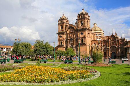la compania: Iglesia de la Compania de Jesus on Plaza de Armas in Cusco, Peru. In 1983 Cusco was declared a World Heritage Site by UNESCO