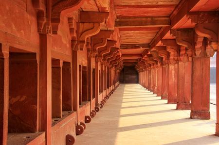 Lagere Haramsara in Fatehpur Sikri, Uttar Pradesh, India. Fatehpur Sikri is een van de best bewaarde voorbeelden van Mughal-architectuur in India.