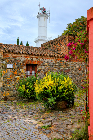 convento: Stone houses and lighthouse in Colonia del Sacramento, Uruguay. It is one of the oldest towns in Uruguay Editorial