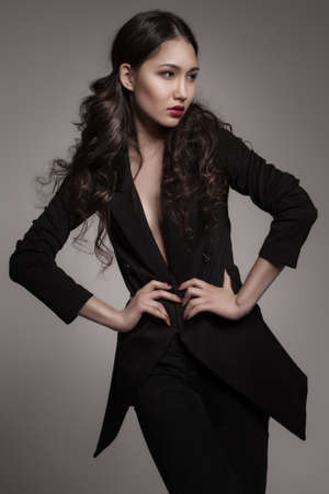 Moda portret młodej kobiety azjatyckie