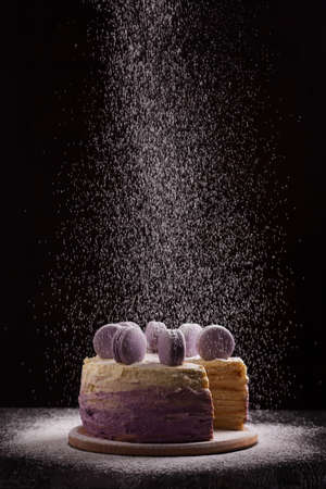 Delicious vegan cake with macaroons. Selective focus. Stockfoto