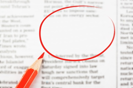 Close-up krant met lege ruimte voor bericht
