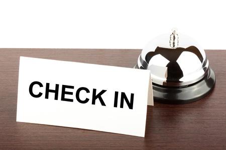 hotel reception: Service Bell mit Check in im Hotel Sign Desk