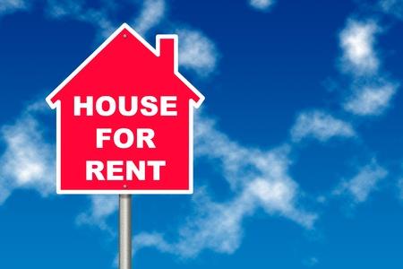 publicidad exterior: Red House Alquiler de signo previo aviso el tr�fico de la tabla sobre fondo de cielo azul Foto de archivo
