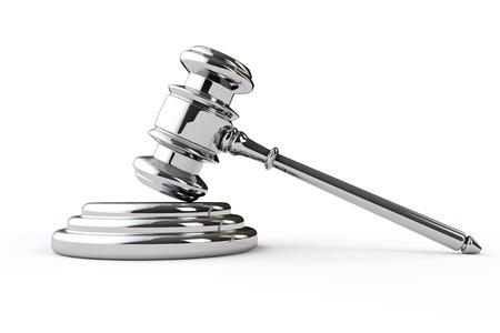 Silver rechtvaardigheid hamer op een witte achtergrond