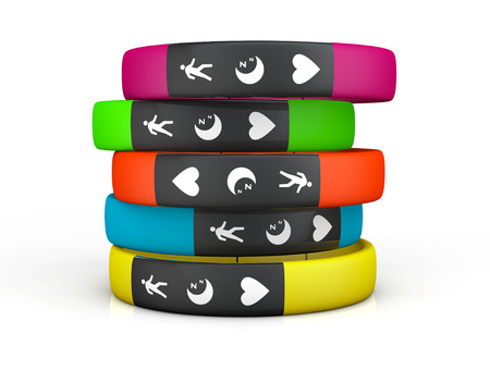 Multicolour Fitness Trackers op een witte achtergrond