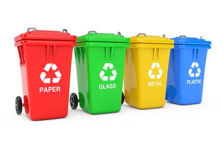 Cestini rossi, verdi, gialli e blu con il simbolo di riciclaggio su sfondo bianco. Rendering 3D