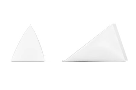 White Cardboard Triangle Box Cream, Juice or Milk Pack Mock Up on a white background. 3d Rendering Standard-Bild - 130802474