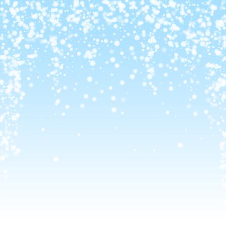 Fondo hermoso de la Navidad de la nieve que cae. Sutiles copos de nieve voladores y estrellas sobre fondo de cielo de invierno. Plantilla de superposición de copo de nieve de plata de invierno auténtica. Ilustración de vector radiante. Ilustración de vector