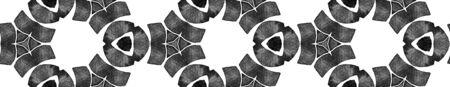 Grey black and white vintage kaleidoscope Seamless Border Scroll. Geometric Watercolor Frame. Ecstatic Seamless Pattern. Medallion Repeated Tile. Favorable Chevron Ribbon Ornament. 免版税图像
