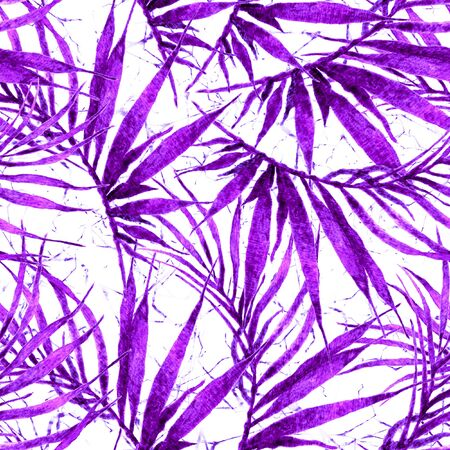 Tropical seamless pattern. Watercolor chaotic palm leaves, japanese bamboo. Purple exotic swimwear design. Summer tropic repeated print. Noteworthy textile illustration. Фото со стока