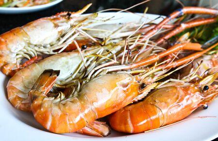 Crevettes grill�es pr�tes � �tre servir