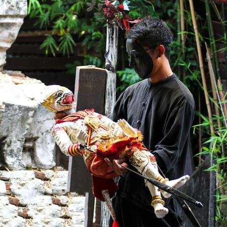 khon: BANGKOK, THAILAND - May 15 : Traditional Thai Khon puppet spectacle at Klong Bang Luang on May 15, 2016 in Bangkok, Thailand