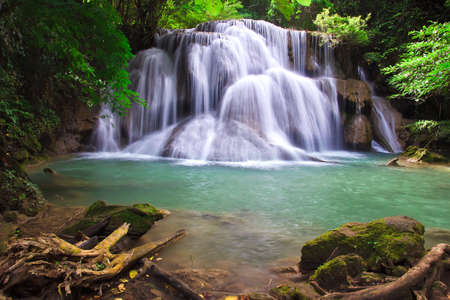 Waterfall in deep perfect green forest Stock Photo - 12693037