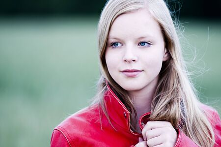 mensch: Young girl