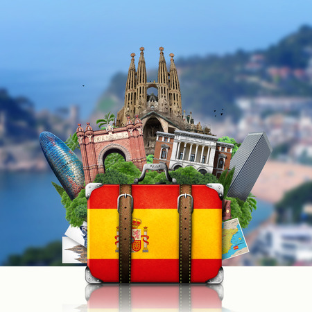 Spain, landmarks Madrid and Barcelona, travel suitcase Imagens