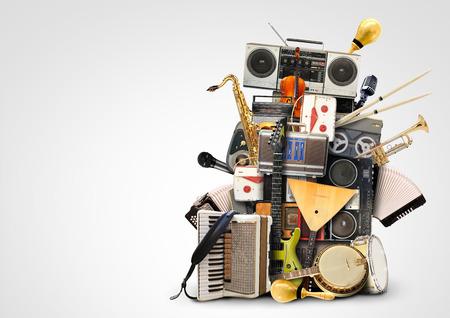 Musik, Musikinstrumente und Vintage-Tonbandgeräte