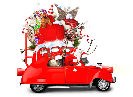 joyeux noel: Père Noël avec des rennes dans une voiture avec des cadeaux