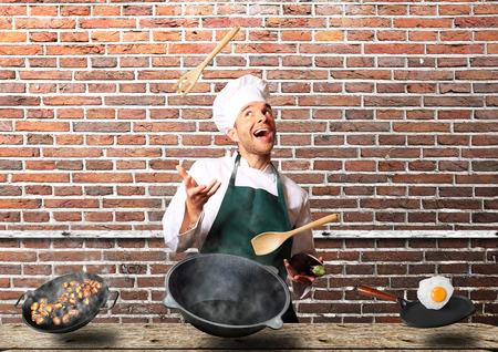 pimientos: Chef de cocina en la cocina Foto de archivo