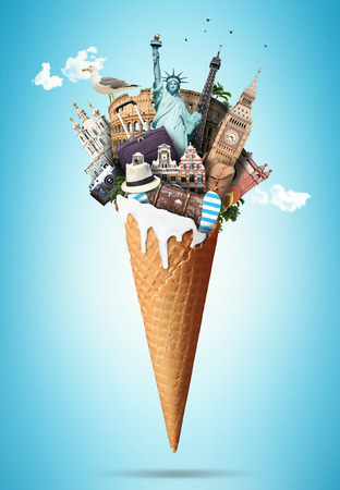 Waffle cone with landmarks and with the travel Luggage Banque d'images